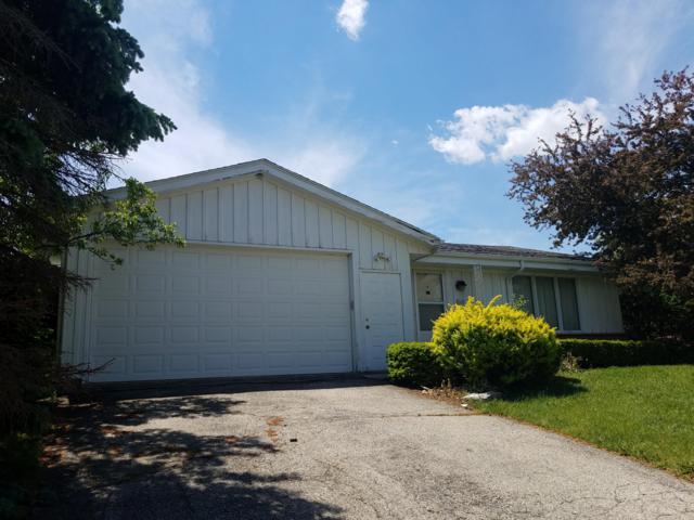1463 Willow Dr, Port Washington, WI 53074 (#1642814) :: Tom Didier Real Estate Team