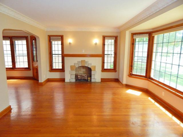 2646 N 68th St 2646A, Wauwatosa, WI 53213 (#1644131) :: eXp Realty LLC