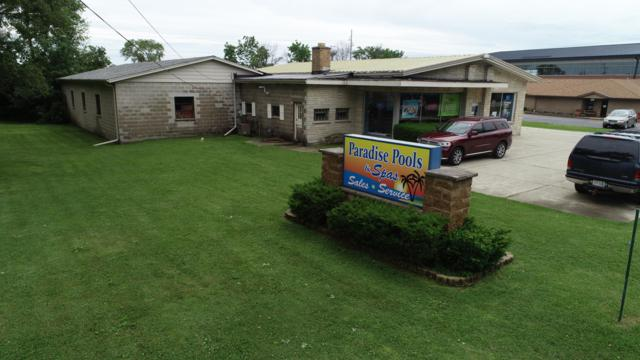 S80W19025 Janesville Rd, Muskego, WI 53150 (#1645246) :: eXp Realty LLC