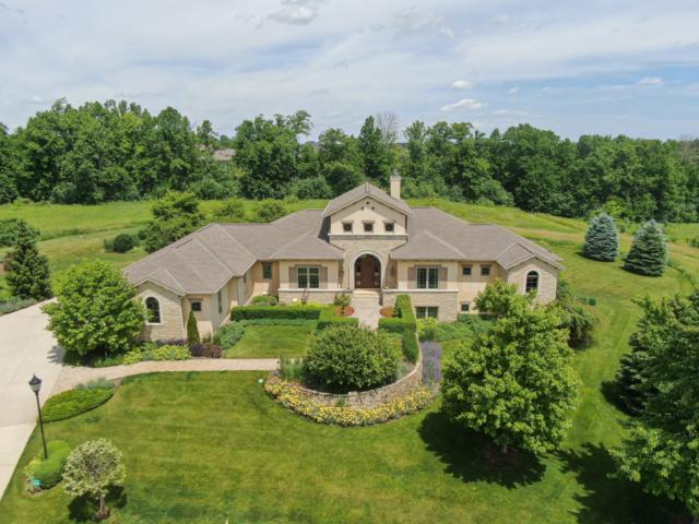13975 N Legacy Hills Dr, Mequon, WI 53097 (#1645282) :: eXp Realty LLC