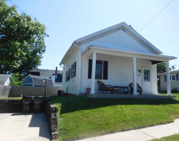 909 Vine St, Union Grove, WI 53182 (#1651576) :: Keller Williams