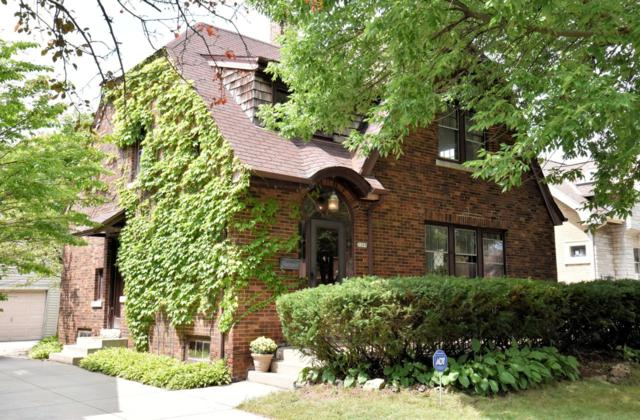 2209 N 60th St, Wauwatosa, WI 53208 (#1652796) :: eXp Realty LLC