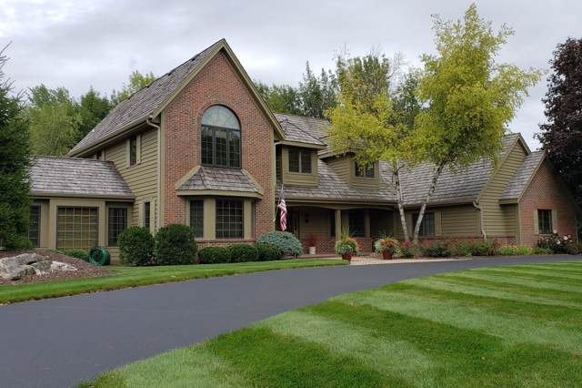 2685 Norman Dr, Brookfield, WI 53045 (#1658416) :: eXp Realty LLC