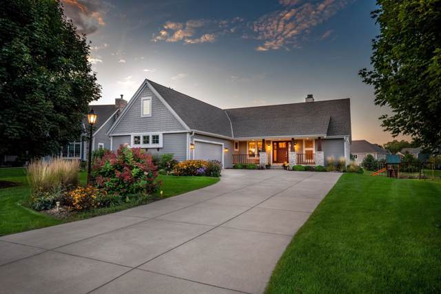 W243N2727 Creekside Dr, Pewaukee, WI 53072 (#1659315) :: Tom Didier Real Estate Team