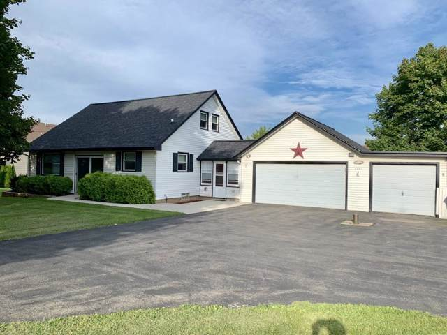 7301 156th Ave, Bristol, WI 53104 (#1659554) :: Tom Didier Real Estate Team