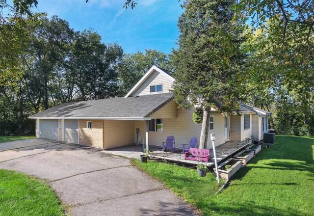232 W Main St, Wales, WI 53183 (#1660015) :: RE/MAX Service First