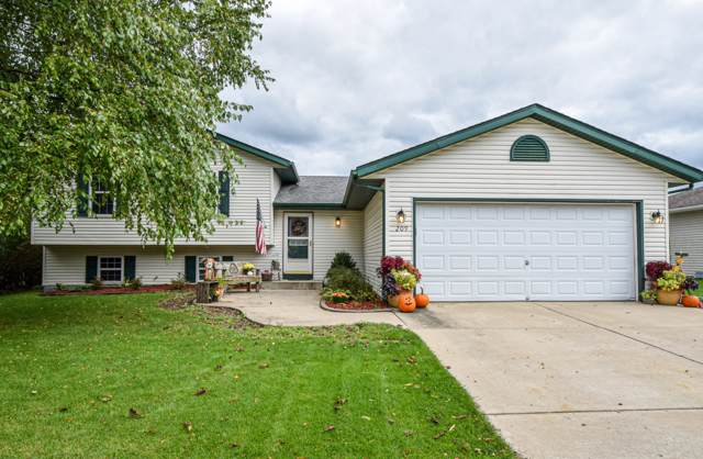 209 Autumn Dr, Delavan, WI 53115 (#1662723) :: RE/MAX Service First Service First Pros