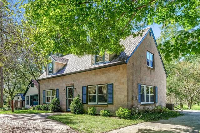 9861 N River Rd, Mequon, WI 53092 (#1663503) :: Tom Didier Real Estate Team