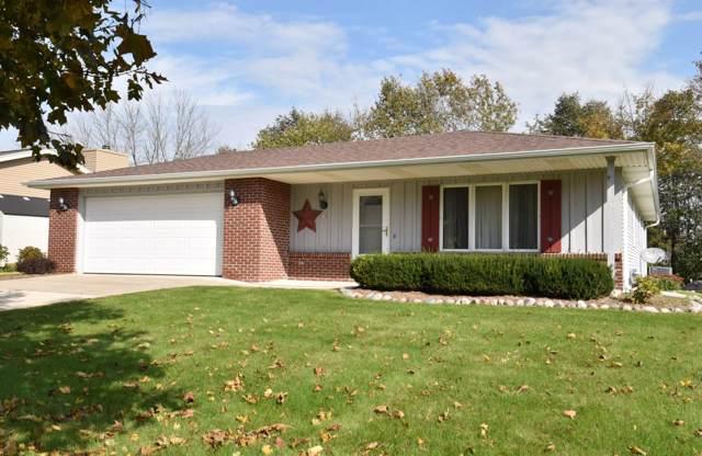 678 Overland Trl, Grafton, WI 53024 (#1664097) :: Tom Didier Real Estate Team