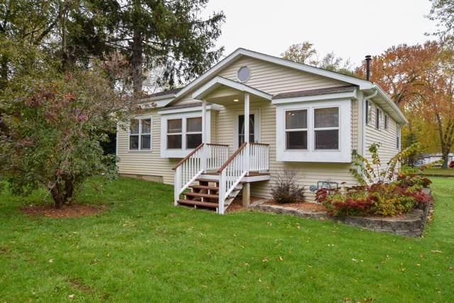 26824 98th St, Salem Lakes, WI 53179 (#1665488) :: Tom Didier Real Estate Team