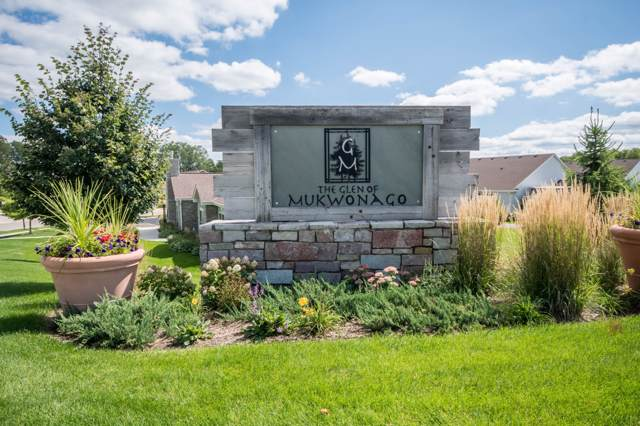 1145 Black Bear Dr, Mukwonago, WI 53149 (#1666796) :: RE/MAX Service First Service First Pros