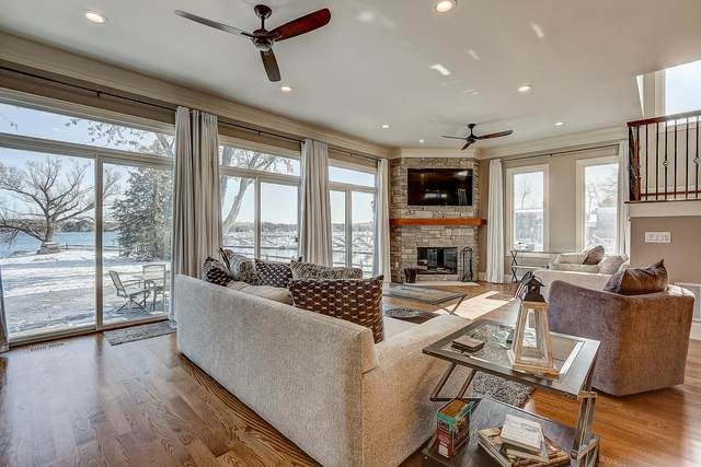 2900 Lakeshore Way, Twin Lakes, WI 53181 (#1667357) :: OneTrust Real Estate