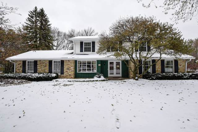 2390 Tilton Ln, Brookfield, WI 53045 (#1668049) :: RE/MAX Service First Service First Pros