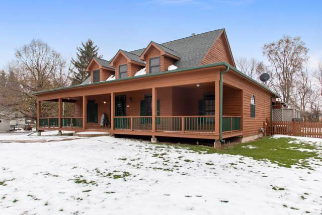 W529 Highland Rd, Bloomfield, WI 53128 (#1668463) :: Keller Williams Momentum