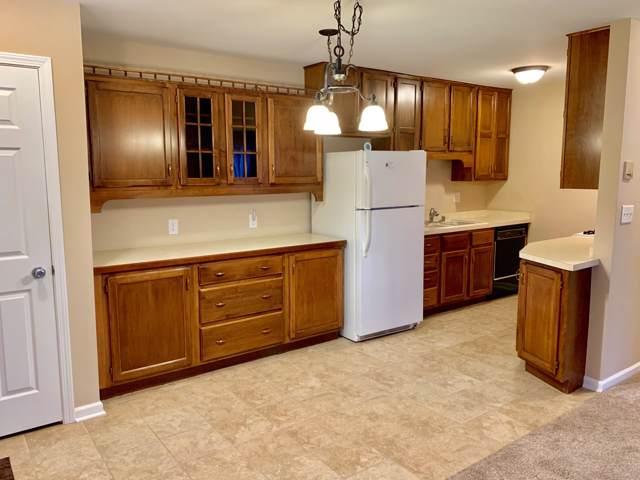 6151 W Howard Ave #27, Greenfield, WI 53220 (#1669450) :: Keller Williams Realty - Milwaukee Southwest