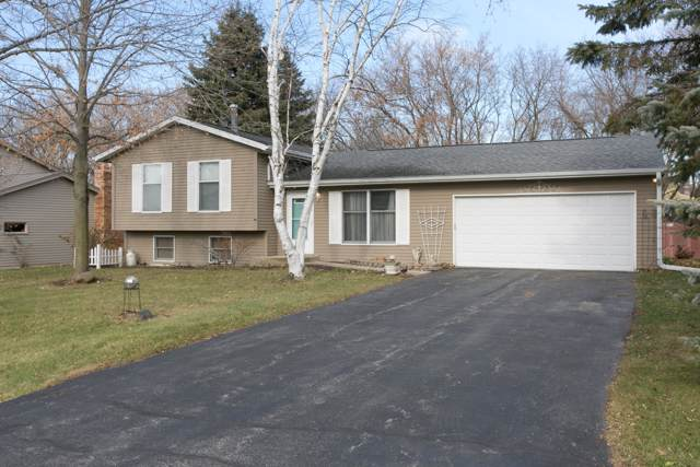 3520 River Bend Dr, Caledonia, WI 53404 (#1669654) :: RE/MAX Service First Service First Pros