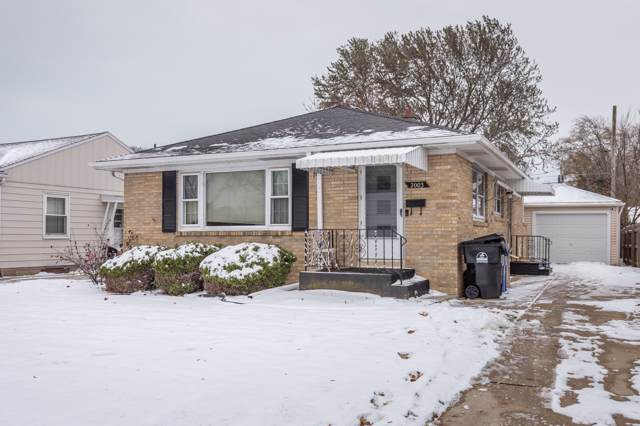 2003 Jerome Blvd, Racine, WI 53403 (#1669697) :: RE/MAX Service First Service First Pros