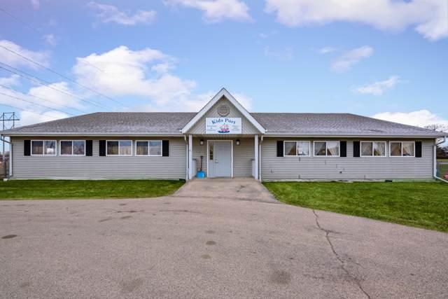 1505 Sunset Rd, Port Washington, WI 53074 (#1669873) :: Tom Didier Real Estate Team