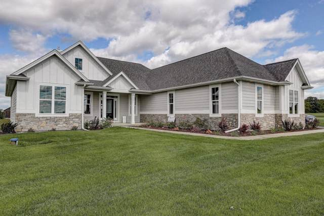 N6050 Red Wing Ln, Lafayette, WI 53121 (#1670325) :: Keller Williams Momentum