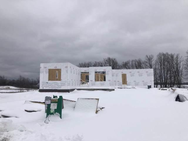 10830 N Tartan Ct, Mequon, WI 53097 (#1673641) :: Tom Didier Real Estate Team