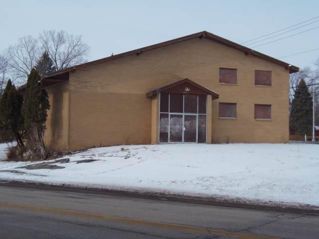 12140 W Beloit Rd, Greenfield, WI 53228 (#1675375) :: Keller Williams Realty Milwaukee North Shore