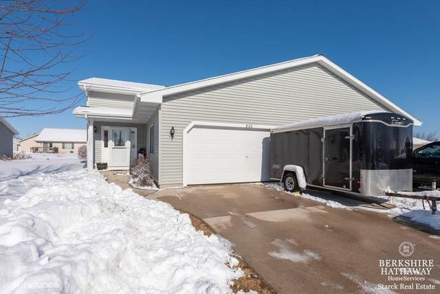 820 Ethan Allen Dr #2, Howards Grove, WI 53083 (#1676497) :: RE/MAX Service First Service First Pros