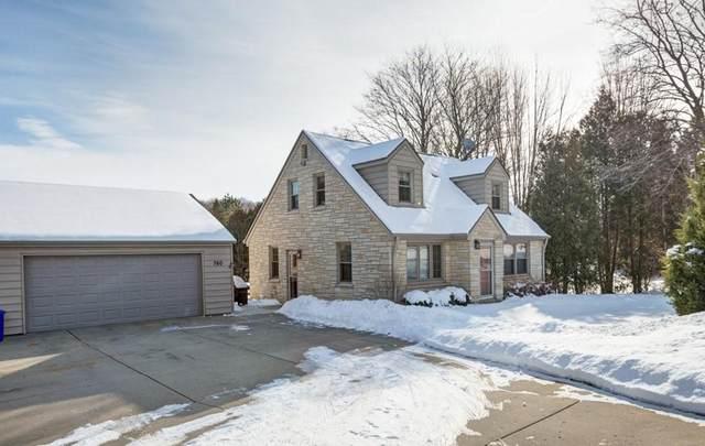 760 S Calhoun Rd, Brookfield, WI 53005 (#1676771) :: Keller Williams Realty Milwaukee North Shore