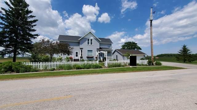 W874 River View Rd, Rantoul, WI 54129 (#1680686) :: RE/MAX Service First Service First Pros