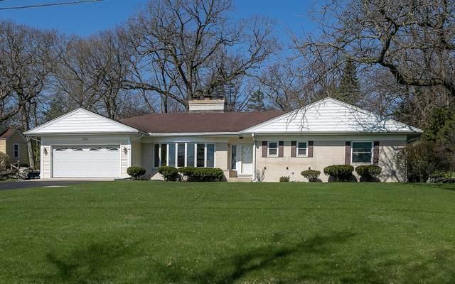 1046 Shabbona Dr, Fontana, WI 53125 (#1682120) :: NextHome Prime Real Estate