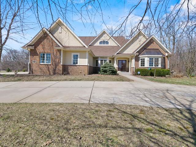 W323N9083 Shadow Ct, Merton, WI 53029 (#1684253) :: OneTrust Real Estate
