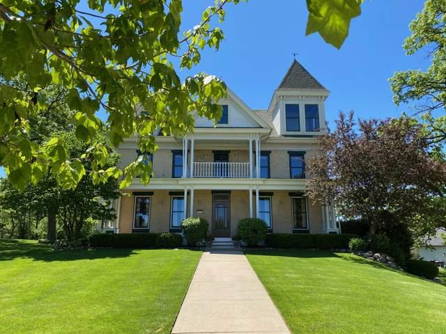 344 Pickett Ct, Burlington, WI 53105 (#1684270) :: NextHome Prime Real Estate