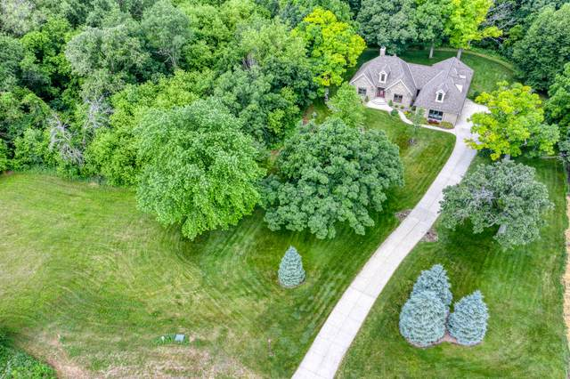 N6017 Red Wing Ln, Lafayette, WI 53121 (#1685280) :: OneTrust Real Estate