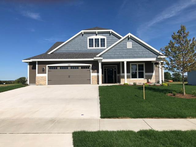 10162 S Woodside Ct, Franklin, WI 53132 (#1686247) :: RE/MAX Service First