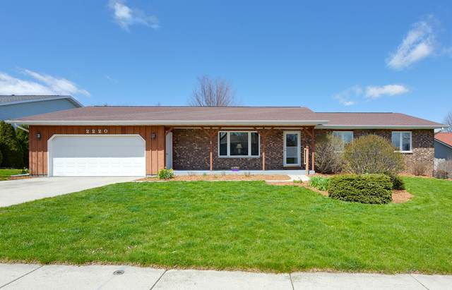 2220 Kensington Ave, Plymouth, WI 53073 (#1686824) :: RE/MAX Service First Service First Pros