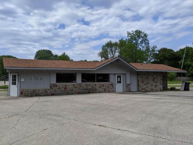 320 Highway 50, Delavan, WI 53115 (#1688089) :: NextHome Prime Real Estate