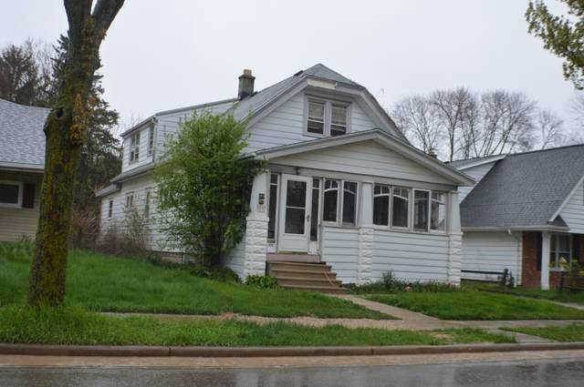 9014 W Mitchell St #9016, West Allis, WI 53214 (#1689604) :: Keller Williams Realty - Milwaukee Southwest