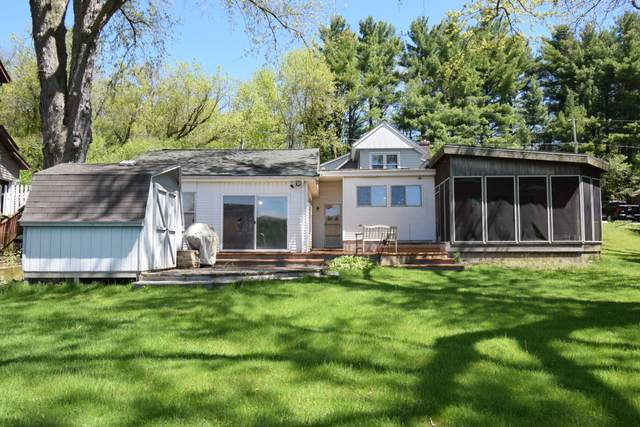 W2347 New Deal Ave, East Troy, WI 53120 (#1690189) :: RE/MAX Service First Service First Pros