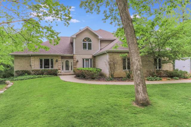 255 Smythe Dr, Williams Bay, WI 53191 (#1690747) :: RE/MAX Service First Service First Pros