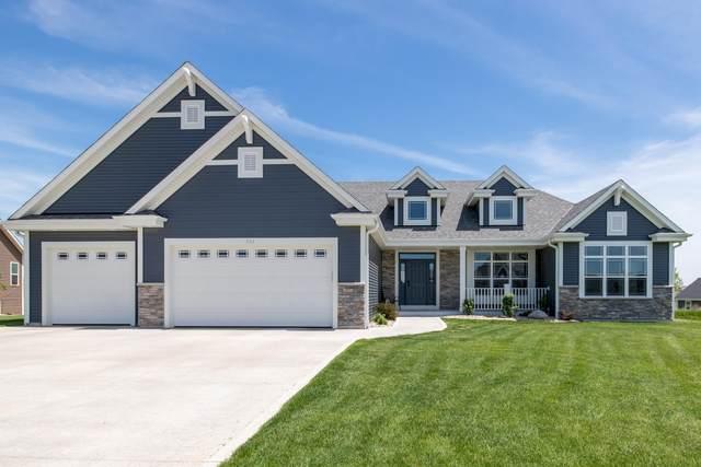 536 Spur Rd, Slinger, WI 53086 (#1691511) :: NextHome Prime Real Estate