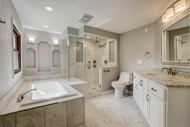 11631 W Birchwood Ln, Franklin, WI 53132 (#1694386) :: NextHome Prime Real Estate