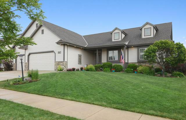 1723 38th Ct, Kenosha, WI 53144 (#1695128) :: RE/MAX Service First Service First Pros