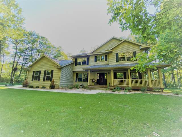 N4453 Waynes Ln, Porterfield, WI 54159 (#1695181) :: Tom Didier Real Estate Team