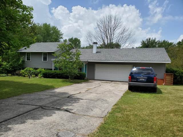 W314S7953 Highview Cir, Mukwonago, WI 53149 (#1695474) :: NextHome Prime Real Estate
