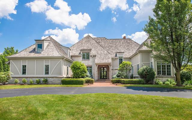 11650 N Canterbury Dr, Mequon, WI 53092 (#1696195) :: OneTrust Real Estate
