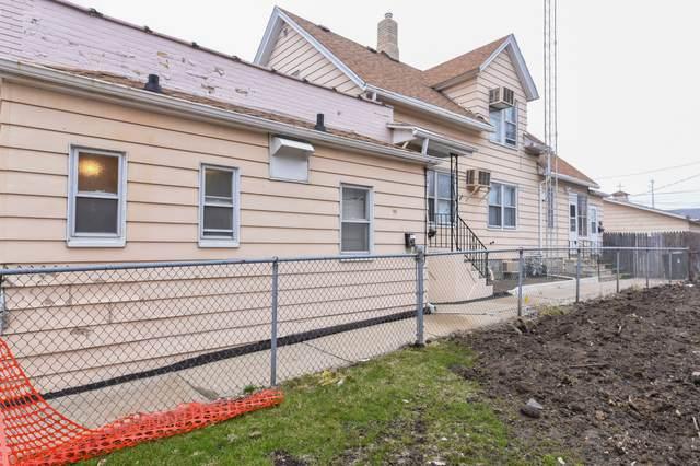 2112 62nd St, Kenosha, WI 53143 (#1696696) :: OneTrust Real Estate
