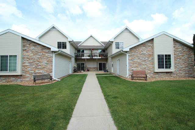 353 O'neil St, Lake Mills, WI 53551 (#1696799) :: RE/MAX Service First