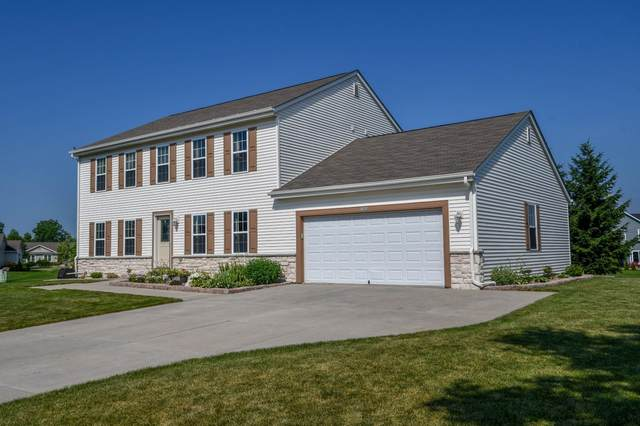 N7929 Forest Dr, Ixonia, WI 53036 (#1697564) :: Keller Williams Realty - Milwaukee Southwest