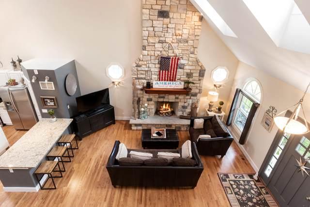 1585 Evergreen Ln, Lake Geneva, WI 53147 (#1698001) :: OneTrust Real Estate