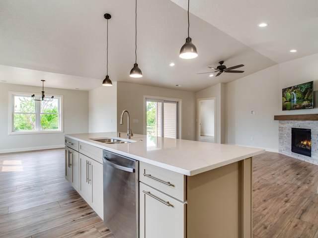 6208 River Run Rd, La Crosse, WI 54601 (#1698723) :: Tom Didier Real Estate Team