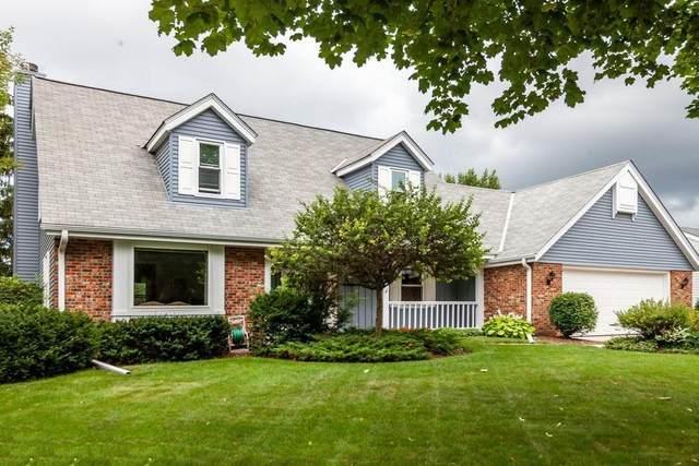 W72N1058 Poplar Ave, Cedarburg, WI 53012 (#1700902) :: OneTrust Real Estate